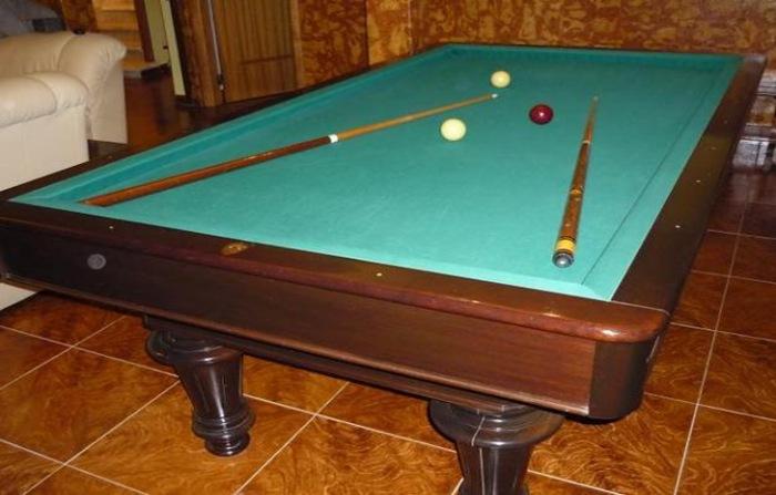 Carom Billiards The Pocketless Pool THE BILLIARDS GUY - Carom pool table