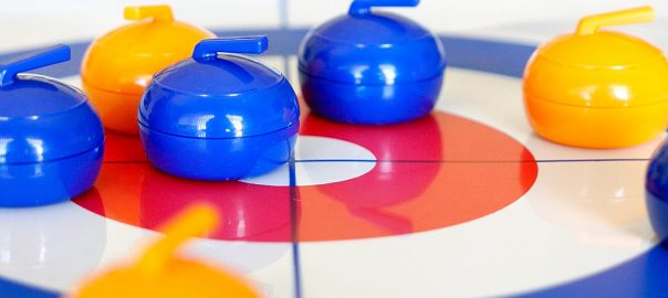 Table Top Curling Set4